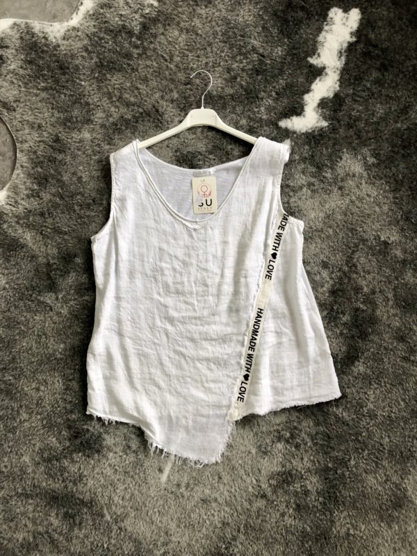 Top in Weiss